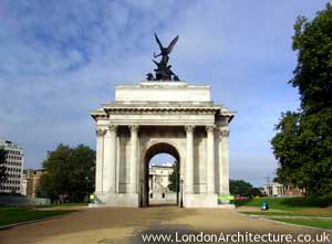 Photo of Wellington Arch